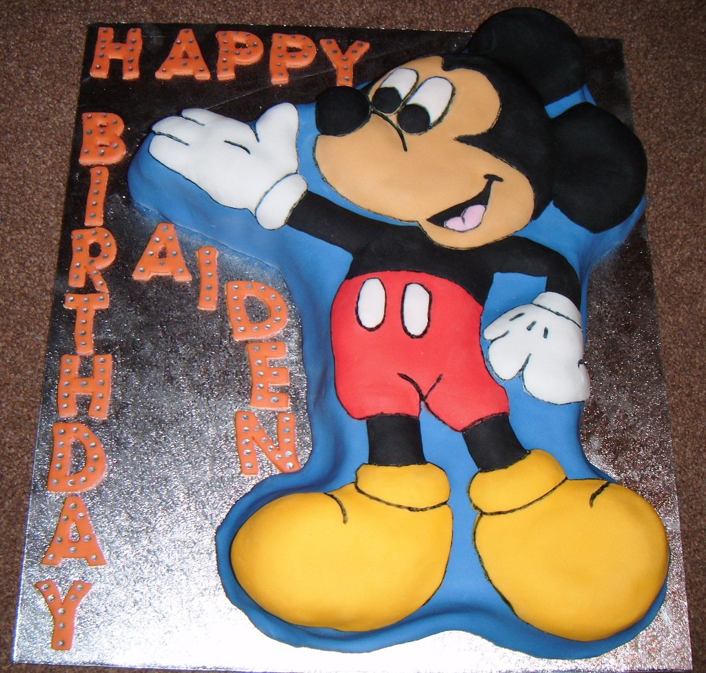Wilton Shaped Mickey Mouse Birthday Cake Pan Oh So Cakes Louise
