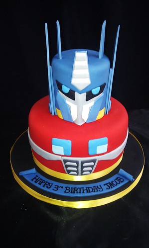 Cakeaters Edible Arts : Transformers cake Cakeaters Edible Art Flickr