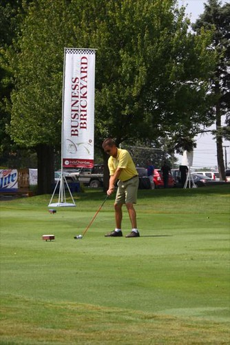 Golfer getting ready to hit indianapolis motor speedway for Indianapolis motor speedway com