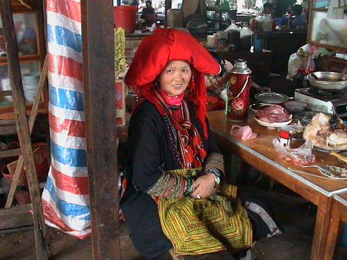 Donna vietnamita | by NOSYTOUR - Diving Tour Operator