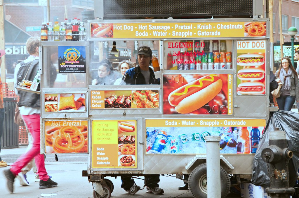 Hot Dog Truck Nyc I Went To The City Today To Pick Up M Flickr