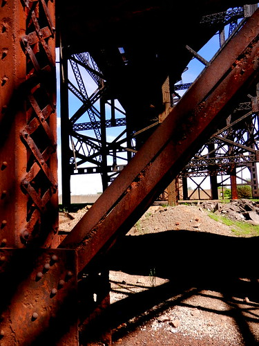MacArthur's Trusses......Rusty but trusty! | by kemolledog