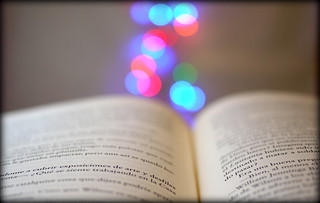 LIBROS CON MAGIA - BOOKS WITH MAGIC - 2012 | by J.B.C.
