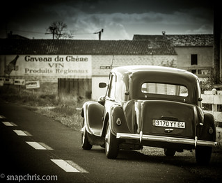 Vintage douze chevaux  car at a winery | by tibchris