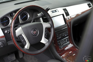 2012 Cadillac Escalade Hybrid | by Auto123.tv