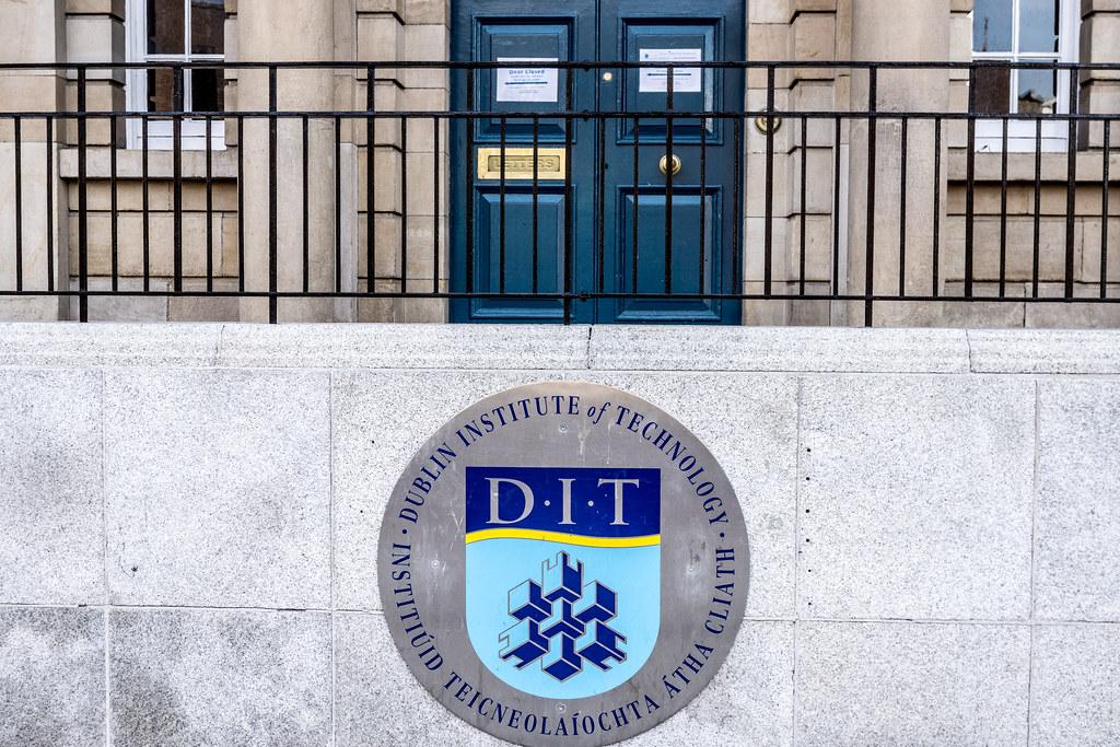 Entrée de Dublin Institut of Technology - Bolton street