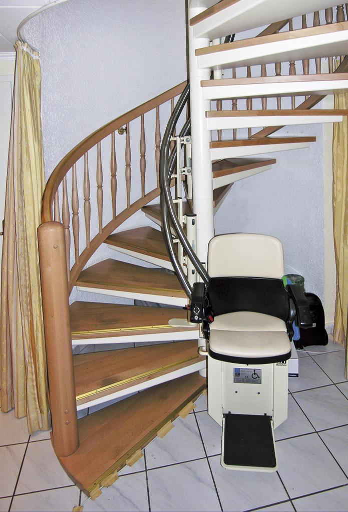Treppenlift Hiro 160 Auf Wendeltreppe Treppenlifte Herkomm Flickr