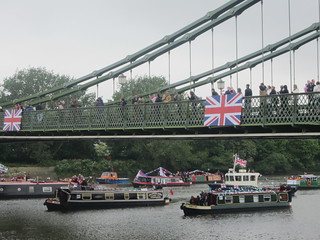 Thames River Pageant at Hammersmith Bridge | by Annie Mole