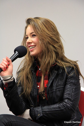 Roxanne McKee - 2 | Collectormania 18s Game of Thrones