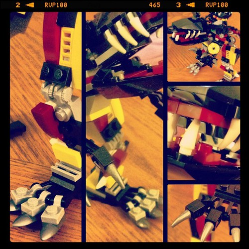 Built the Tyrax from #LEGOMBA. Level 2 kits 4-6 absolutely need their own box. @LEGO_Group | by BenSpark