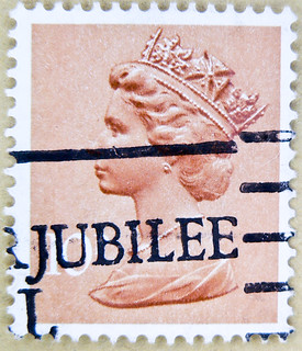 jubilee! stamp GB Machin Queen Elizabeth 10p Great Britain England royal Windsor selos sellos United Kingdom UK ელისაბედ II エリザベス2世 , 伊麗莎白二世 , एलिजा़बेथ , Elisabetta II timbre stamp selo english franco bollo english postage porto sellos marka briefmarke | by stampolina, thx ! :)