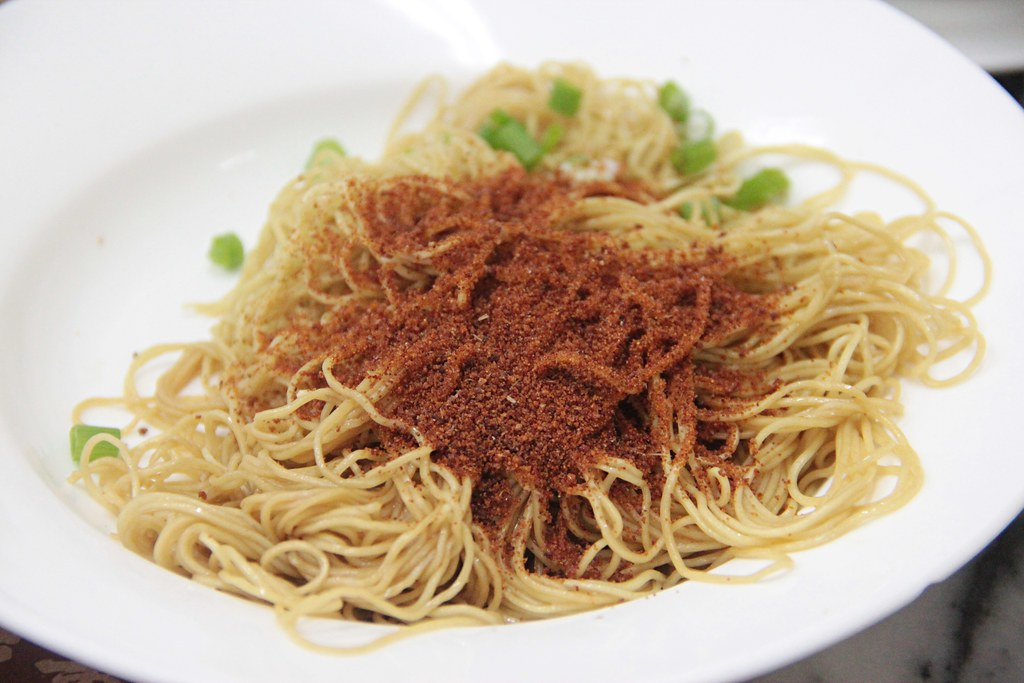 6.Shrimp Roe Noodles