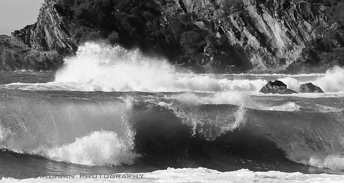 Incoming tide. South Coast, NSW, Australia. ©2012 | by Tom Crossan Photography