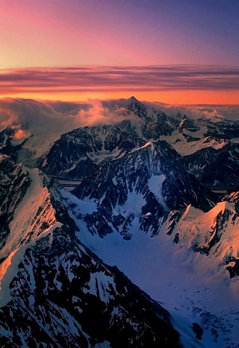 The Alaska Range at first light | by akcharly