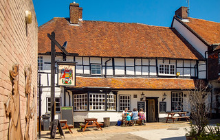 The 15th Century Angel Inn at Andover, Hampshire | by Anguskirk