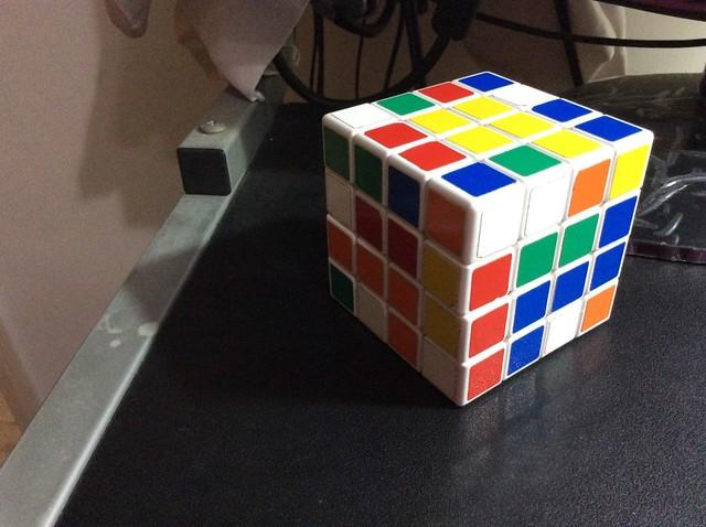 魔術方塊四階9連解
