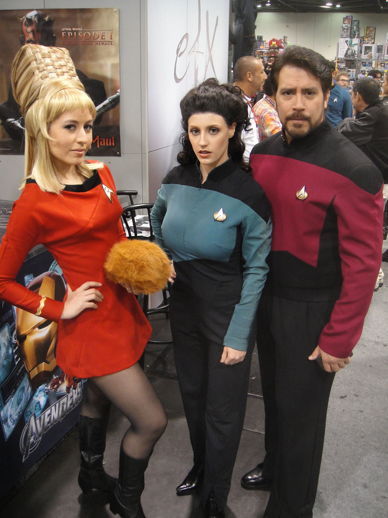 wondercon 2012 nurse chapel troi and riker by doug kli flickr