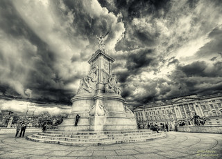 Buckingham Palace | by .Markus Landsmann