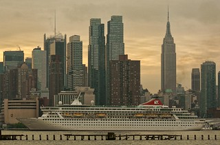 Balmoral Arrives In New York | by NJ Photographer