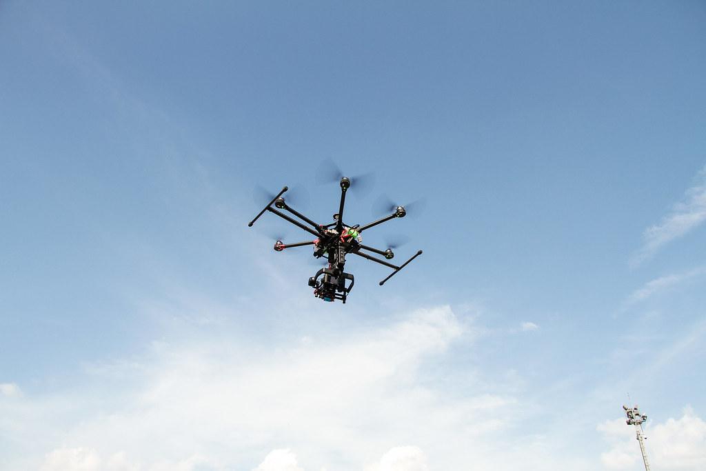 dịch vụ quay phim flycam