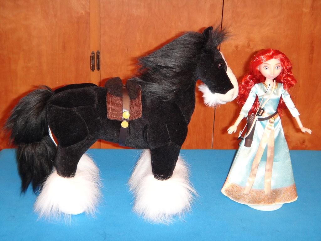 brave angus and merida doll set - deboxed - merida standin… | flickr
