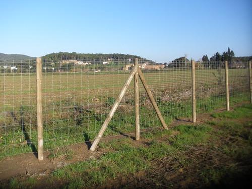 Poste de madera para valla las vallas cineg ticas - Fitor forestal ...