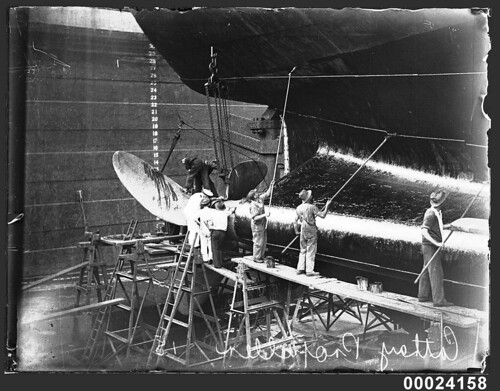 CATHAY propellor being worked upon, March 1934, Sutherland Dock, Cockatoo Island | by Australian National Maritime Museum on The Commons