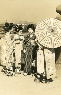 Geiko and Maiko on a Sunny Day 1910s | by Blue Ruin 1