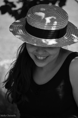 Chapeau de paille | by Christelle Nicol