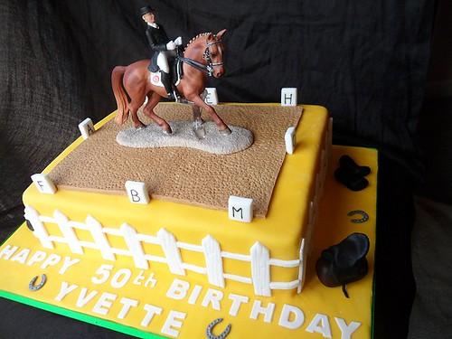 Dressage Cake Www Elizabethscakesofashby Co Uk