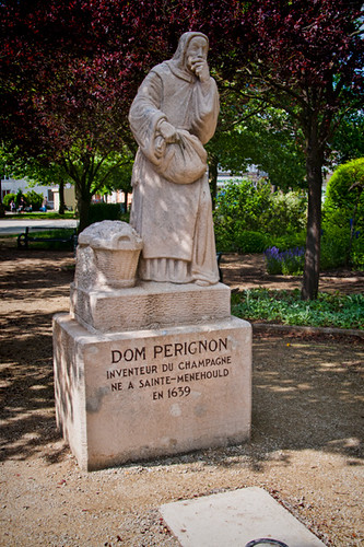 Statue of Dom Pérignon, Saint-Menehould, Champagne Region, France | by Strabanephotos