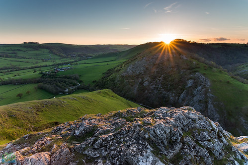 Thorpe Cloud | by James G Photography