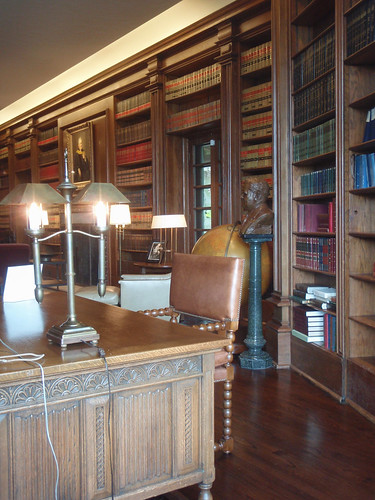 Inside the DeGolyer Library | by gttexas