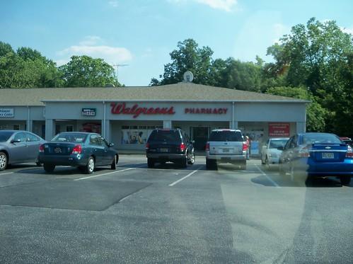 Happy Harry 39 S Walgreens Wilmington De Store 24 4575 Flickr