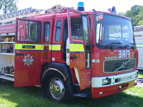 1657 - Volvo Saxon - H373 BTP - Ex Hampshire - Rebuilt as London Fire Brigade - Used on London's Burning | by Call the Cops 999