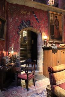 the making of harry potter 29 05 2012 gryffindor common ro flickr. Black Bedroom Furniture Sets. Home Design Ideas