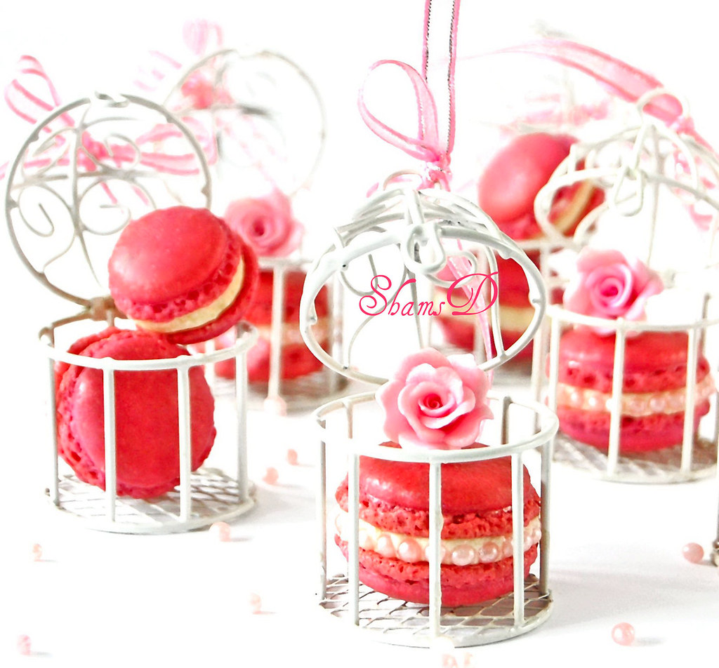 Bite Size Macarons | filling...white chocolate ganache flavo… | Flickr