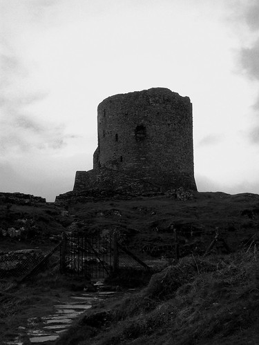 Black and White Castle | by Dafydd Em