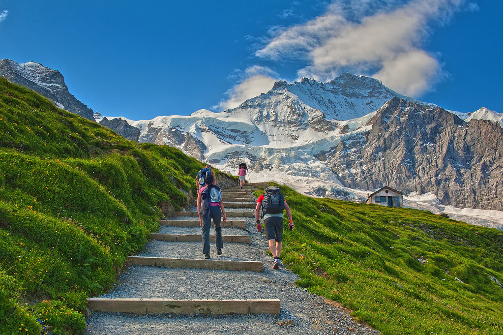 Walking up to the Eiger Trail Up in the pic The Jungfrau Flickr