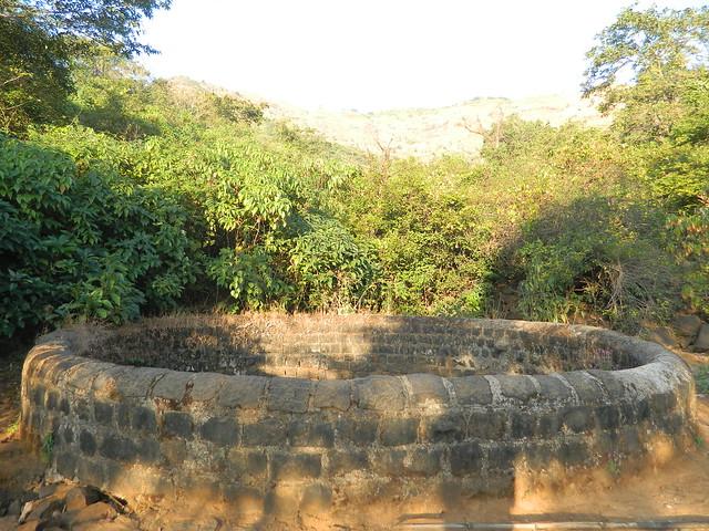 Tekpavale well enroute khanu