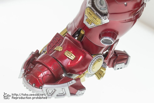 MEDICOM_TOY_20th_iron-17