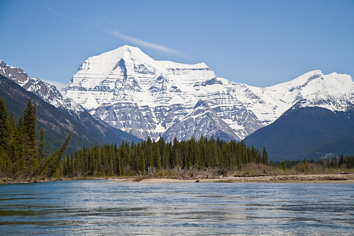 Mount Robson from the Fraser River | by Dan Stanyer (Northern Pixel)