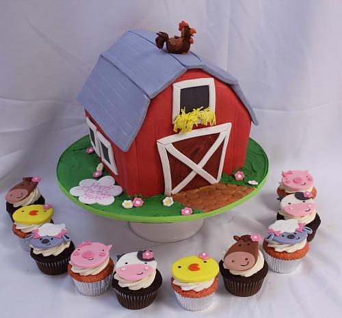Barn Cake Animal Cupcakes Oakleaf Cakes Flickr