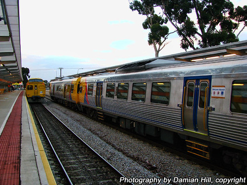 "2000 class ""Jumbo"" railcars, Oaklands Railway Station 
