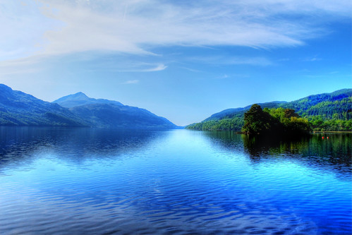 An den Ufern des Loch Lomond - On the banks of Loch Lomond | by vampire-carmen