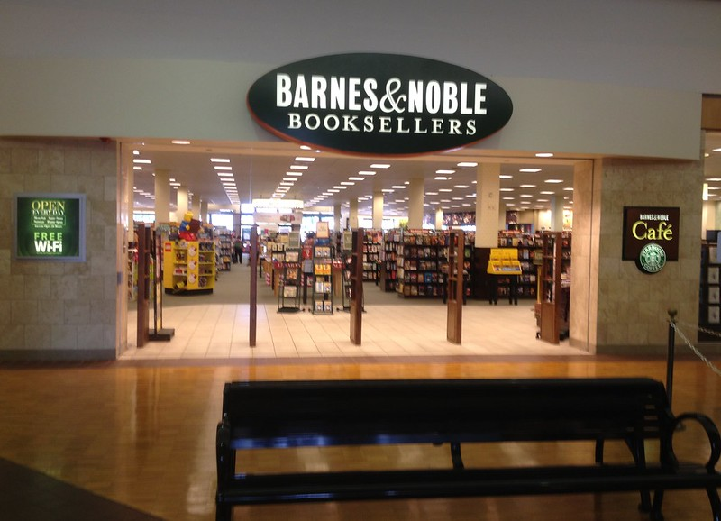 Barnes & Noble - West Park Mall