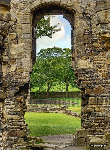 Kirkstal Abbey | by happy_snapper_uk