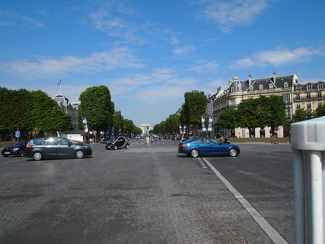 P5281823 シャンゼリゼ大通り L'Avenue des Champs-Élysées パリ フランス paris france
