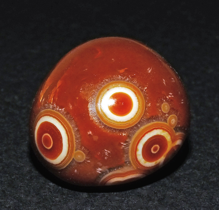 Myths and Legends: Agate Stone - Man's Manor