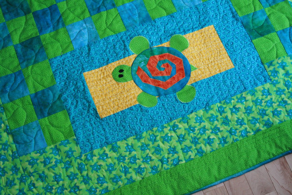 Turtle quilt applique corner i love how the orange and yu2026 flickr